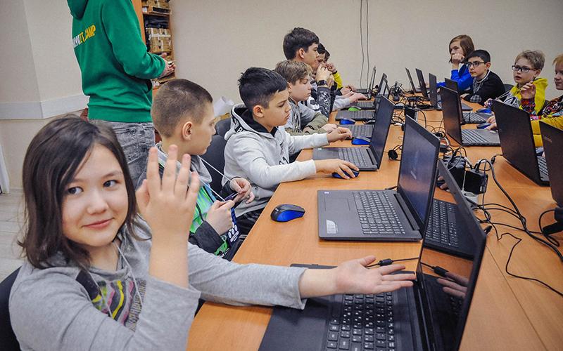 Кейс: Как мы получили более 300 лидов на детский IT-лагерь